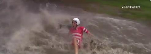 Mondiaux espoirs: Déluge et chutes improbables de cyclistes