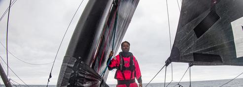 Vendée Globe : Alex Thomson premier à l'équateur sans battre le record