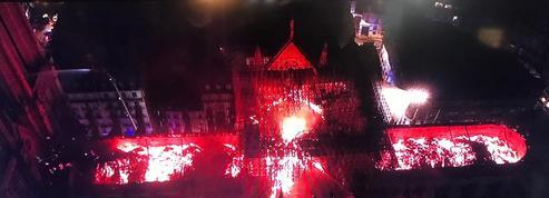 L'incendie de la cathédrale Notre-Dame de Paris est maîtrisé, «nous la rebâtirons» promet Macron