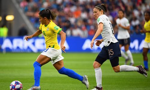 Coupe du monde féminine de football 2019 - Page 14 Elise-Bussaglia-Un-quart-au-Parc-des-Princes-on-en-revait