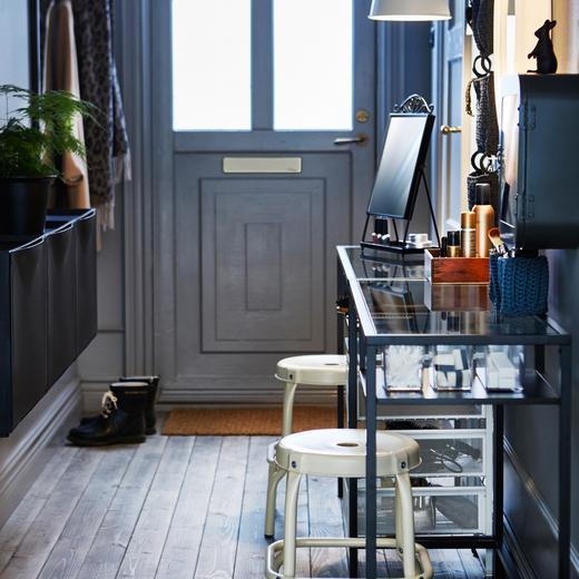 d corer son entr e nos conseils pour am nager cette pi ce. Black Bedroom Furniture Sets. Home Design Ideas