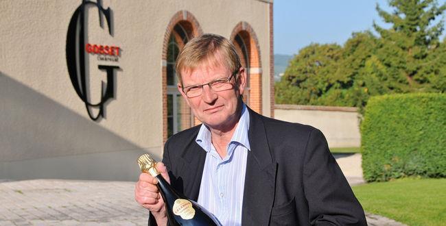 Le chef de cave de Gosset, Jean-Pierre Mareigner, n'est pas peu fier de ses dernières cuvées.