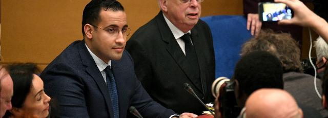 Passeports diplomatiques: Benalla refuse de répondre aux sénateurs