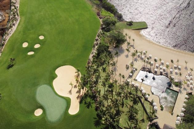 Le golf d'Anahita face au lagon de l'Ile Maurice