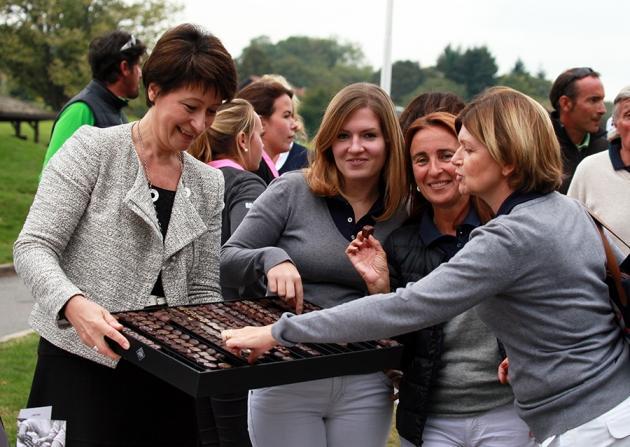 Gros succès pour la dégustation de chocolats Michel Cluizel (Karin Dilthey).