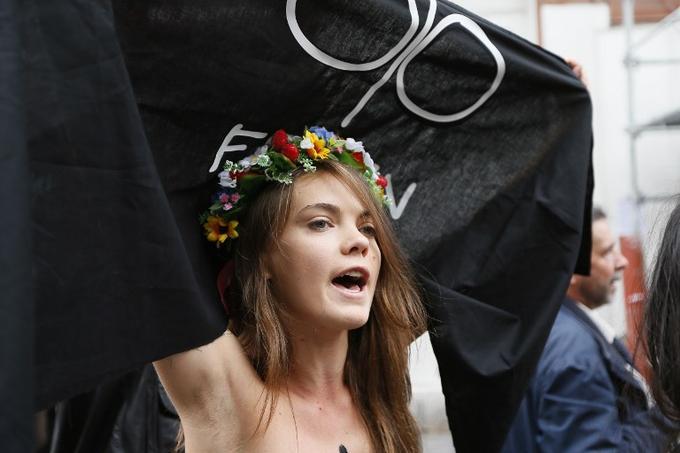 La co-fondatrice des Femen Oksana Shachko s'est suicidée à Paris