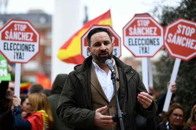 Santiago Abascal, patron du parti d'extrême droite Vox, dimanche à Madrid.