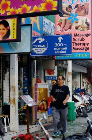 annee tsunami thailande