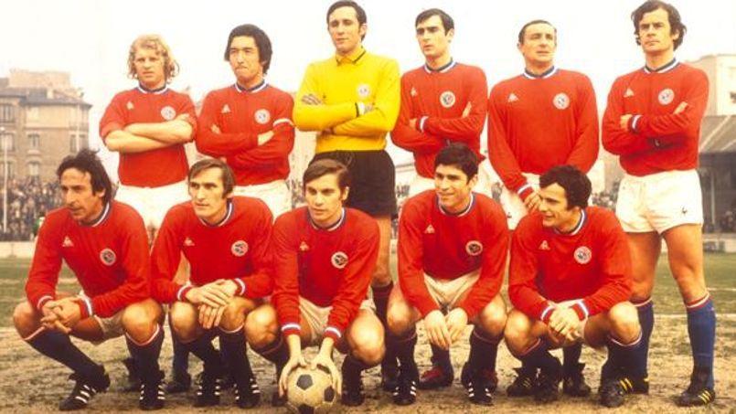 La première équipe du Paris Saint-Germain, en 1970.