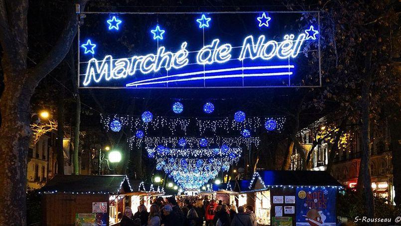 Decoration De Noel  Ville Tours