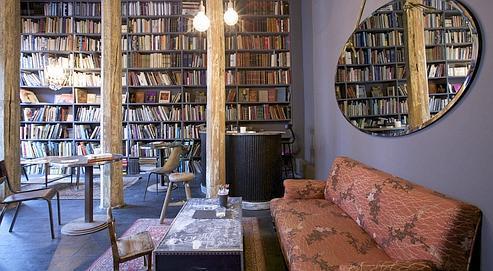 Le Used Book Café du concept-store Merci (IIIe), le temps d'un café ou de l'achat d'un livre d'occasion (DR)