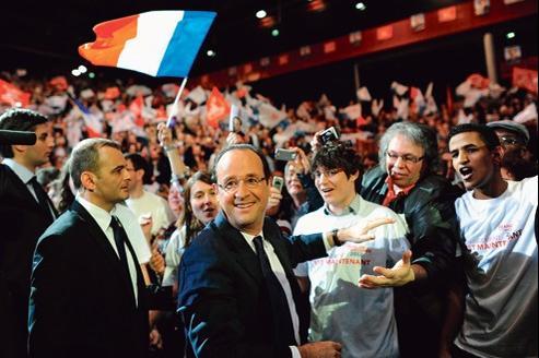 François Hollande au Zénith de Dijon, dimanche. Le candidat PS affirme ne pas être impressionné par ce « front » européen qui semble se liguer contre son élection.