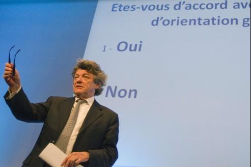 Jean-Louis Borloo a plaidé pour un «engagement vigilant et exigeant avec le candidat de l'actuelle majorité Nicolas Sarkozy».