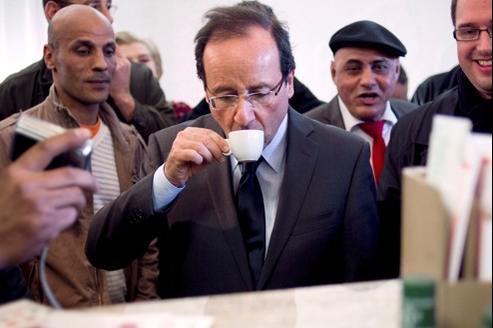 François Hollande a visité, vendredi, le quartier déshérité de la Meinau à Strasbourg.