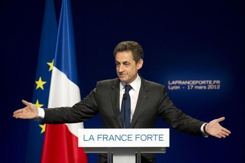Nicolas Sarkozy en meeting à Lyon samedi.