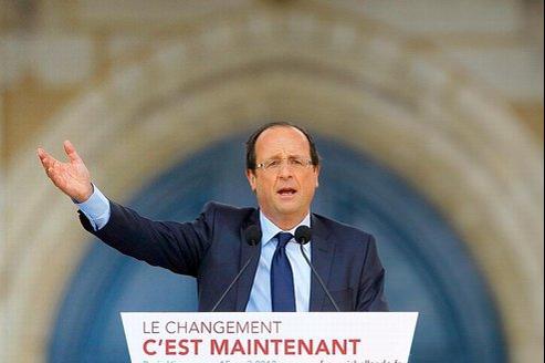 Hollande promet de donner un «coup de pouce» au smic