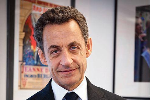 Nicolas Sarkozy, dans les locaux de son QG de campagne.