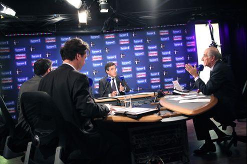 François Fillon, invité dimanche sur Europe 1, a dénoncé la publication d'«un document faux, en tout cas impossible à authentifier.