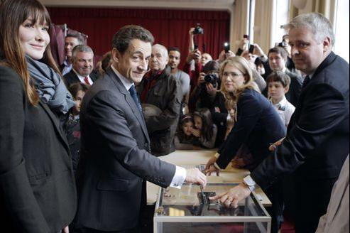 Carla Bruni et Nicolas Sarkozy à Paris.