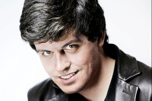 Candidat people, le romancier Gaspard Koenig se présente au nom du Parti libéral démocrate.