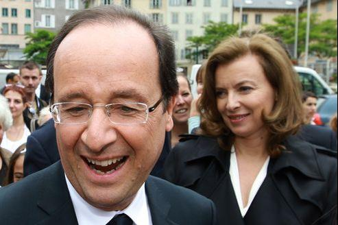 François Hollande et Valérie Trierweiler, à Tulle, le 9 juin, veille du premier tour des législatives.
