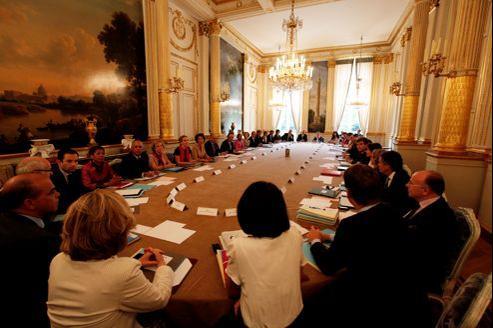 Réunion du Conseil des ministres, vendredi, dans le salon Murat au Palais de l'Élysée.