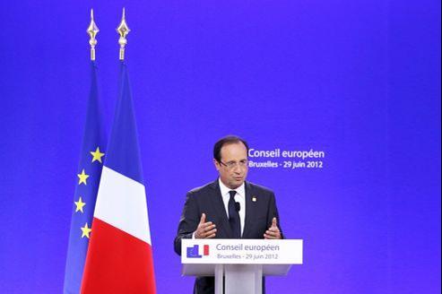 François Hollande à Bruxelles, vendredi. En France, les socialistes restent opposés à l'inscription de la règle d'or dans la Constitution.