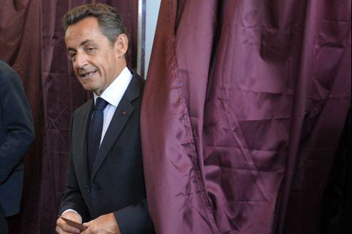 Nicolas Sarkozy lors du premier tour des législatives, le 10 juin, à Paris.