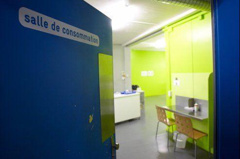 Une salle de shoot près de la gare centrale de Genève (Suisse).