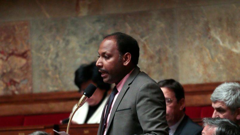 Thierry Robert lors d'une séance de questions au gouvernement à l'Assemblée nationale en février 2013.