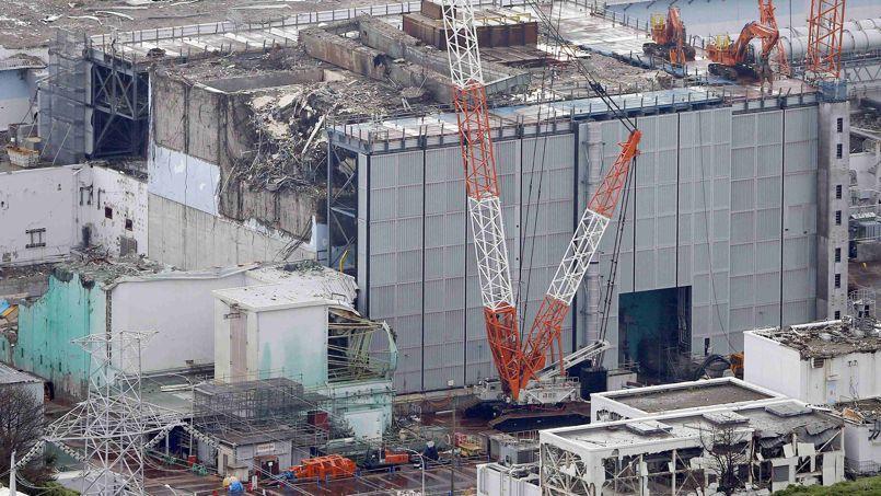 fukushima la facture s 39 alourdit 44 milliards d 39 euros. Black Bedroom Furniture Sets. Home Design Ideas