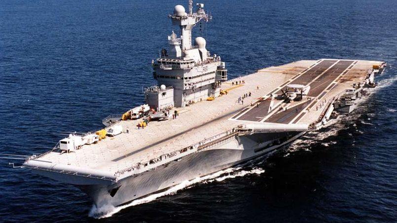 Le Charles de Gaulle reste l'unique porte-avions de la France. Crédit Photo: Marine nationale/Patrick Fromentin