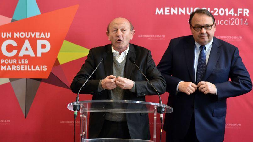 Le candidat socialiste à la mairie de Marseille Patrick Mennucci au cours d'une conférence de presse commune lundi avec Jean-Luc Bennahmias