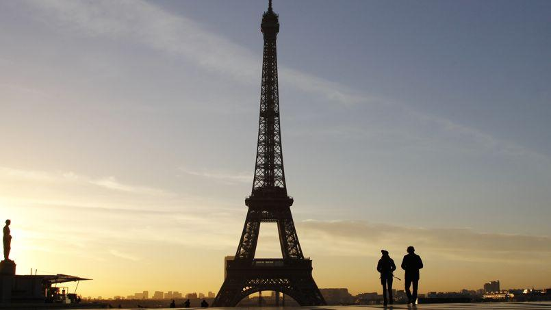 Trois sujets arrivent en tête des priorités des Parisiens: «la lutte contre l'insécurité» (36%), «la construction de logements» (33%) et «la maîtrise des impôts locaux» (32%).