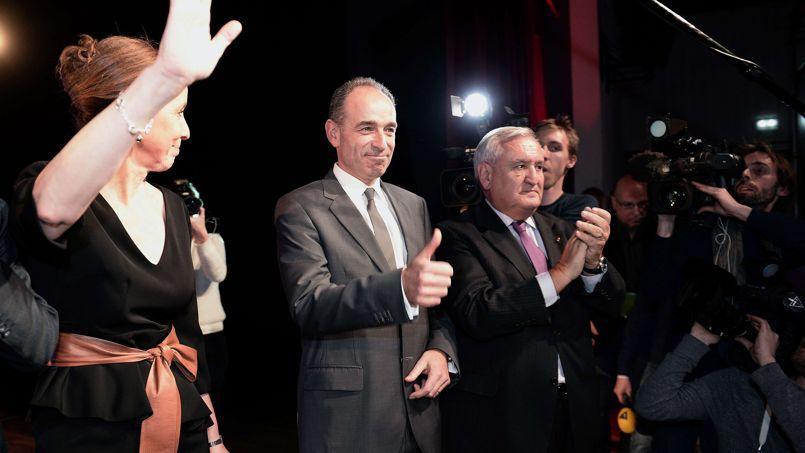 Le président de l'UMP, Jean-François Copé, et Jean-Pierre Raffarin lors d'un meeting de soutien à Fabienne Keller (à gauche), candidate de l'UMP à Strasbourg, le 5 mars dernier.