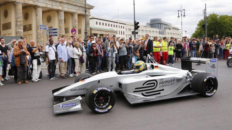 La Formule E va démarrer son championnat samedi à Pékin