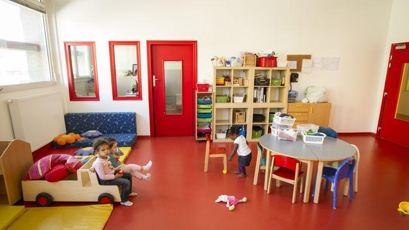 la cr che baby loup va d poser le bilan. Black Bedroom Furniture Sets. Home Design Ideas