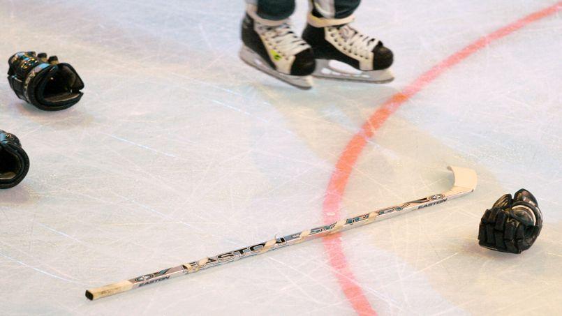 Une crosse de hockey sur glace