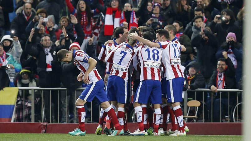 Le groupe chinois Dalian Wanda acquiert 20 % de l'Atletico Madrid.