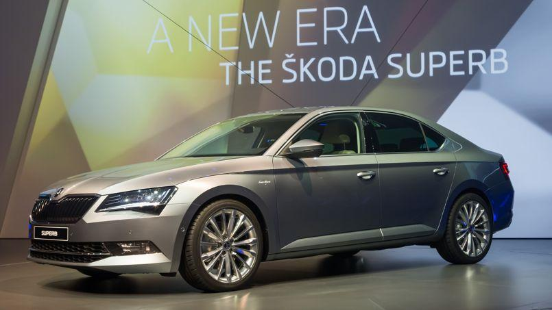 skoda superb une tueuse de passat. Black Bedroom Furniture Sets. Home Design Ideas