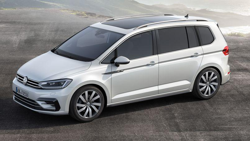volkswagen touran une r volution de l 39 int rieur. Black Bedroom Furniture Sets. Home Design Ideas