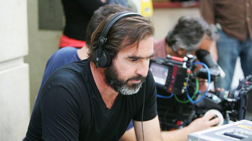 Eric Cantona tentera de constituer une équipe de natation synchronisé dans The Mermaid Man.