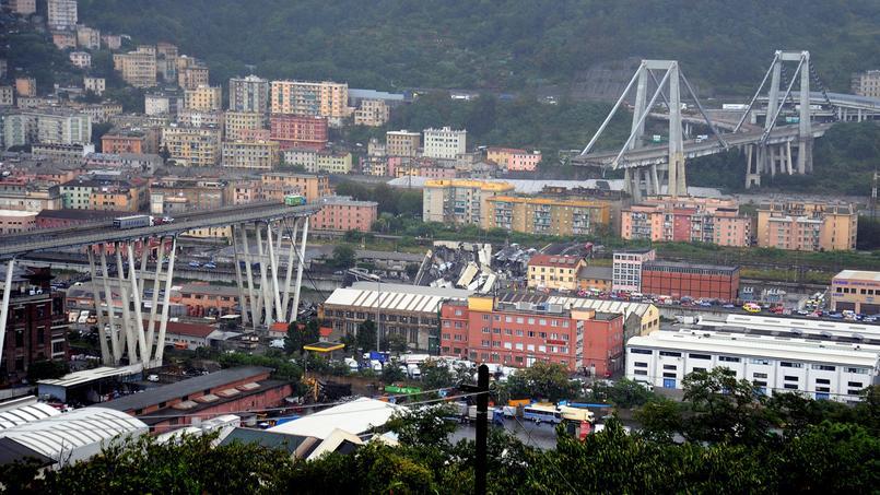 Le pont Morandi, sur lequel passe l'autoroute A 10, s'est effondré mardi à Gênes, faisant plusieurs victimes.