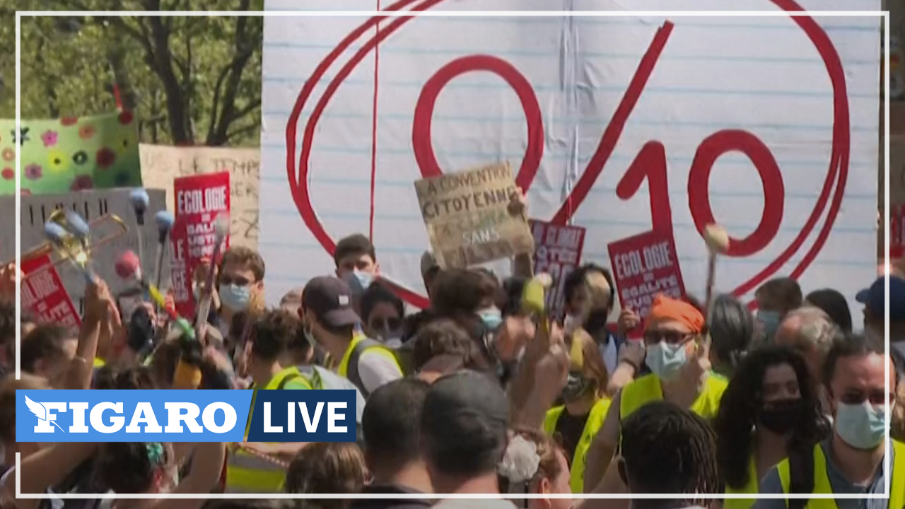 À Paris, des milliers de personnes défilent à l'occasion d'une marche pour le climat