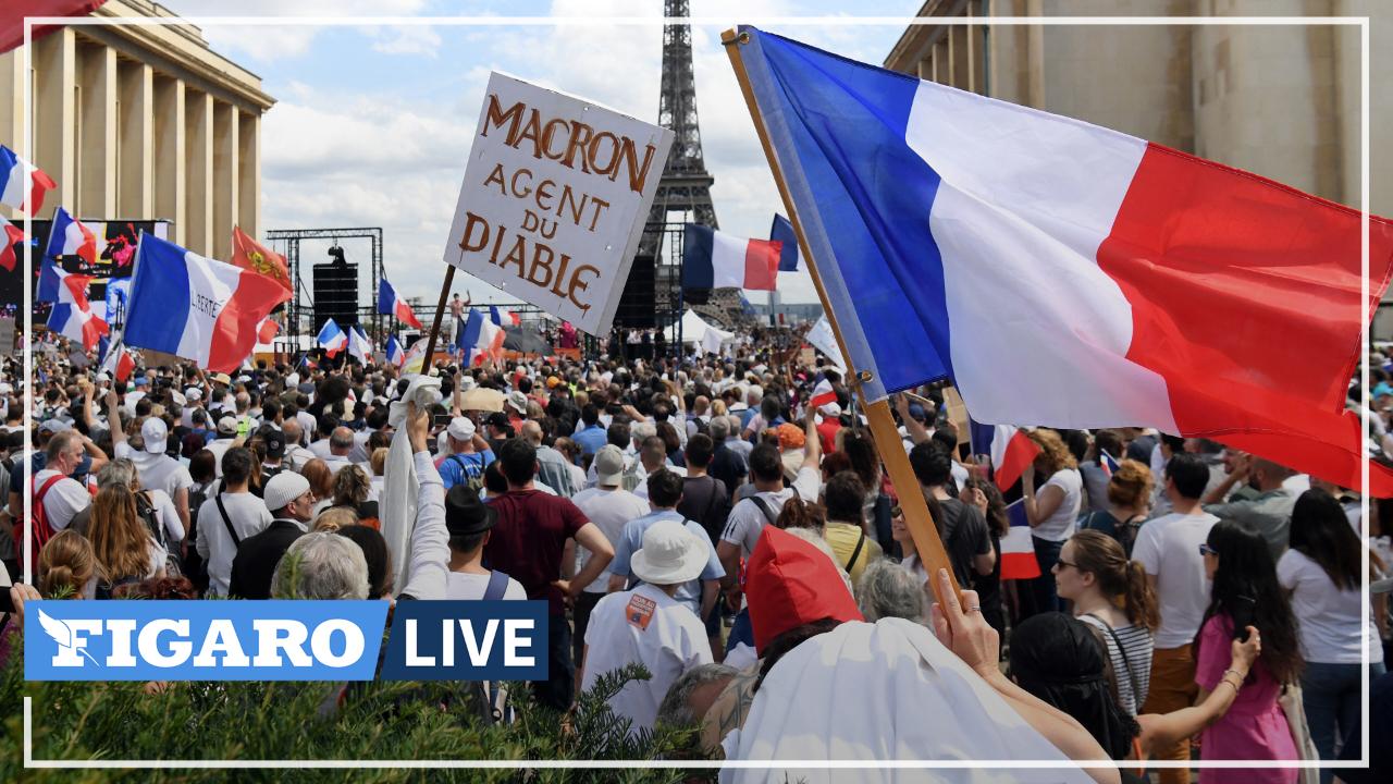 Manifestation contre le passe sanitaire: «On n'est pas vaccinés», scandent fièrement des manifestants