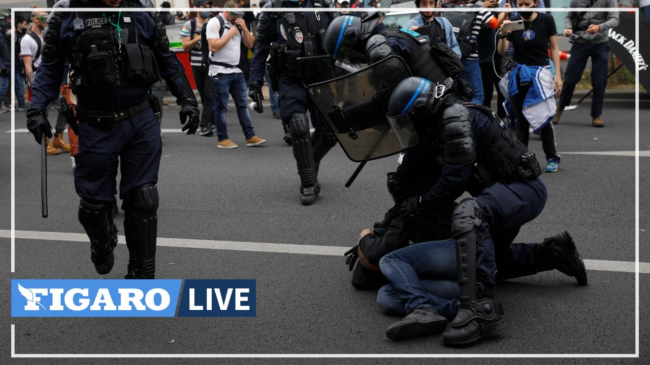 Manifestation contre le passe sanitaire: les images de l'intervention de la BRAV-M place de la Bastille