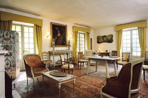dior derniers souvenirs de famille. Black Bedroom Furniture Sets. Home Design Ideas