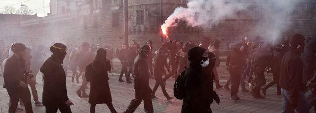 """Résultat de recherche d'images pour """"antifa photos 25/02/2017"""""""