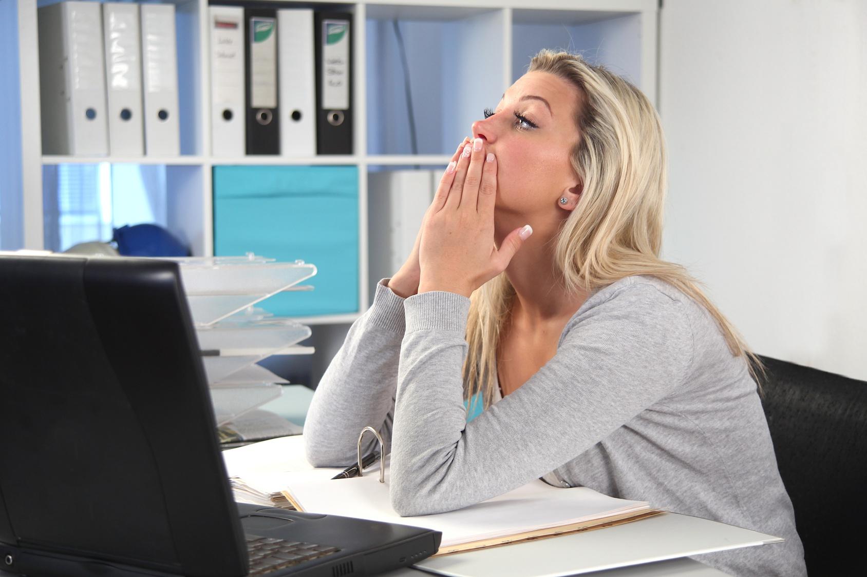 «Mon employeur me fait travailler malgré le chômage partiel, que faire ?» Vos questions, nos réponses