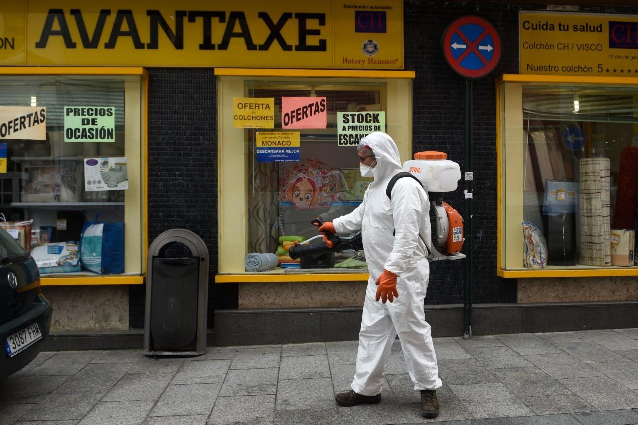 EN DIRECT - Coronavirus: plus de 500.000 cas en Europe, le seuil des 10.000 morts franchi en Espagne